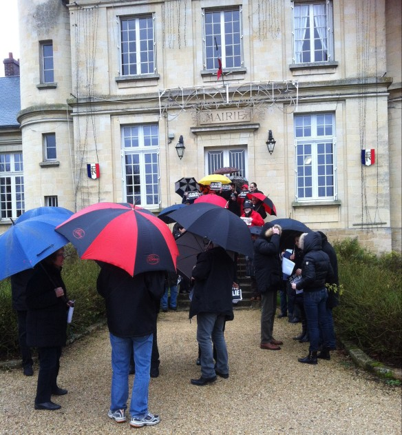 Nesles la Vallée soutient Charlie-Hebdo